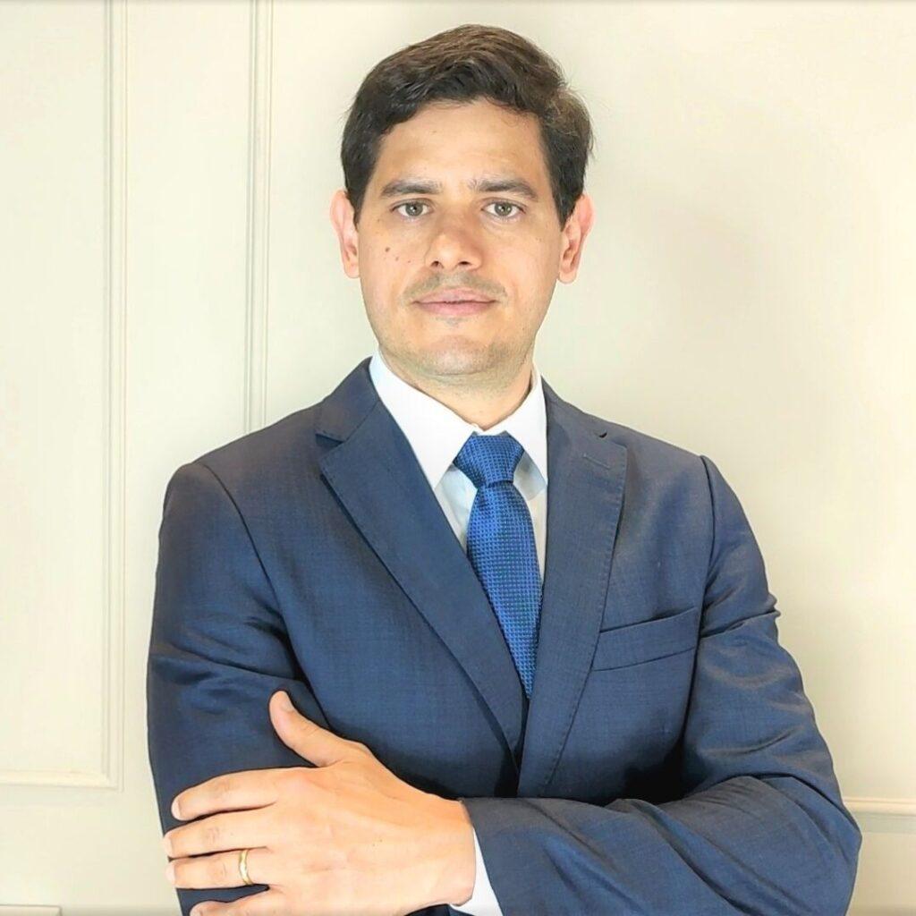 Médico Ginecologista Especialista em Endometrioma de Ovário